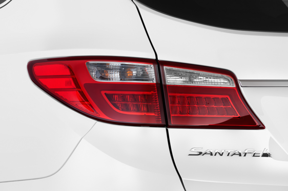 Slide 1 of 25: 2016 Hyundai Santa Fe