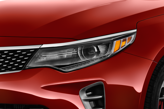 Slide 2 of 25: 2016 Kia Optima