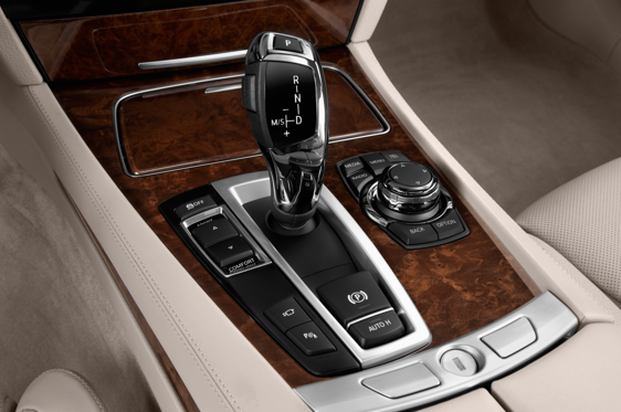 Slide 1 of 25: 2015 BMW 7 Series