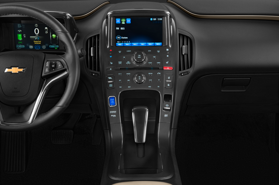 Slide 1 of 25: 2015 Chevrolet Volt