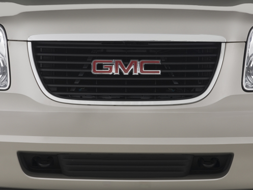 Slide 1 of 25: 2009 GMC Yukon