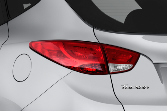 Slide 1 of 24: 2014 Hyundai Tucson