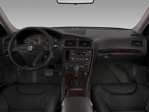 Slide 1 of 11: 2009 Volvo S60