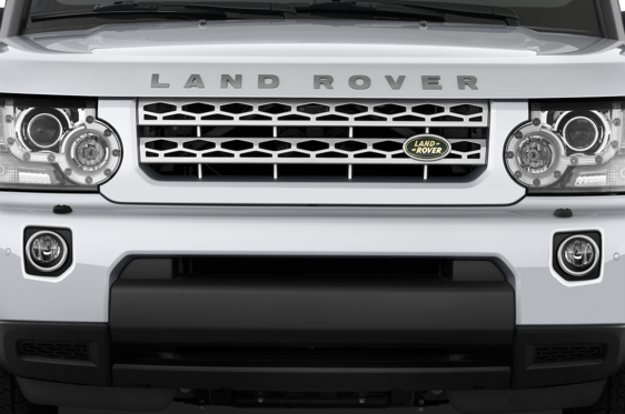 Slide 1 of 23: 2014 Land Rover LR4
