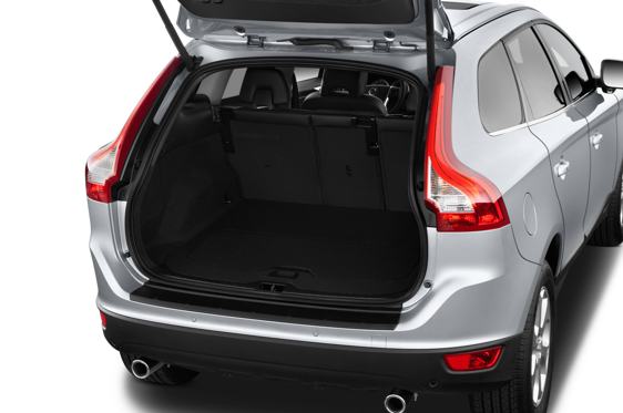 Slide 1 of 25: 2014 Volvo XC60