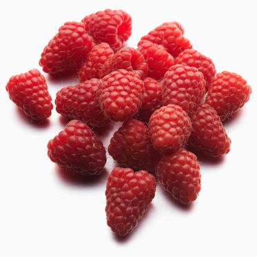 Add a handful of these bright berries to your cereal or salad whenever you can: just half a cup delivers 4 grams of fiber, as well as 25% of your daily recommended amounts of vitamin C and manganese. Raspberries are also a great source of powerful antioxidants and are high in polyphenols, which can help reduce your risk of heart disease.