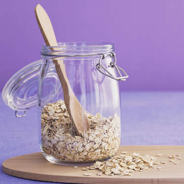 """Oats are another terrific source of metabolism-boosting resistant starch, with 4.6 grams in a half-cup serving. And they're particularly good for your waistline when cooked: in a recent Nutrition Journal study, participants who ate 220 calories of hot oatmeal for breakfast reported less hunger later in the day than those who ate cold oat cereal.<br><br><b>RELATED: <a href=""""http://www.health.com/health/gallery/0,,20860338,00.html"""">4 Awesome Oatmeal Alternatives</a></b>"""