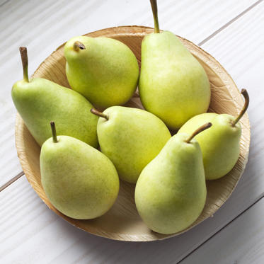 "Like apples, pears are a great source of antioxidants and fiber (just one contains 15% of your daily recommended amount). According to one study, women who ate three pears a day consumed fewer overall calories and lost more weight than those who did not.<br><br><b>RELATED: <a href=""http://www.health.com/health/gallery/0,,20406798,00.html"">The Best Fat-Burning Breakfasts</a></b>"