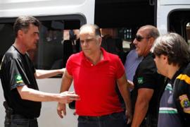 Marcos Valério sendo transferido em BH