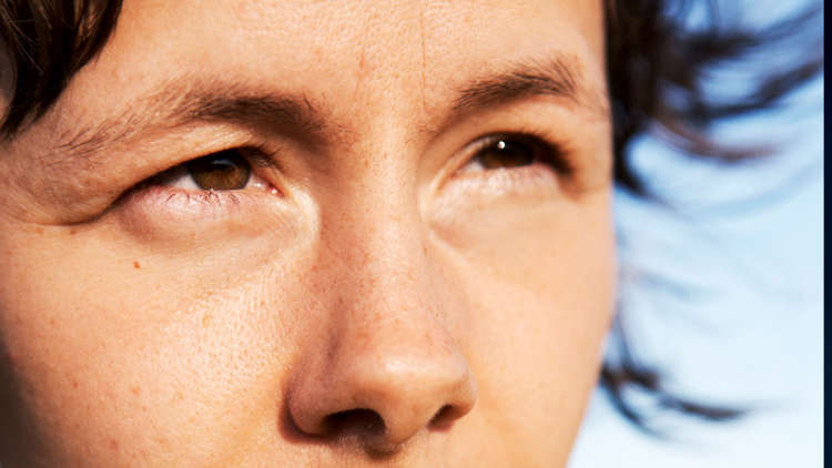 10 ways your eyes give you away