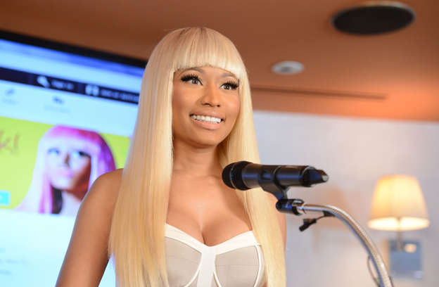 Nicki Minaj enjoys vacation with Lewis Hamilton