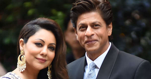 Gauri Khan reveals why Shah Rukh Khan is not allowed to post family