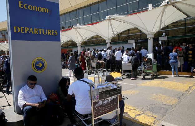 Kenya denies entry to Somali officials