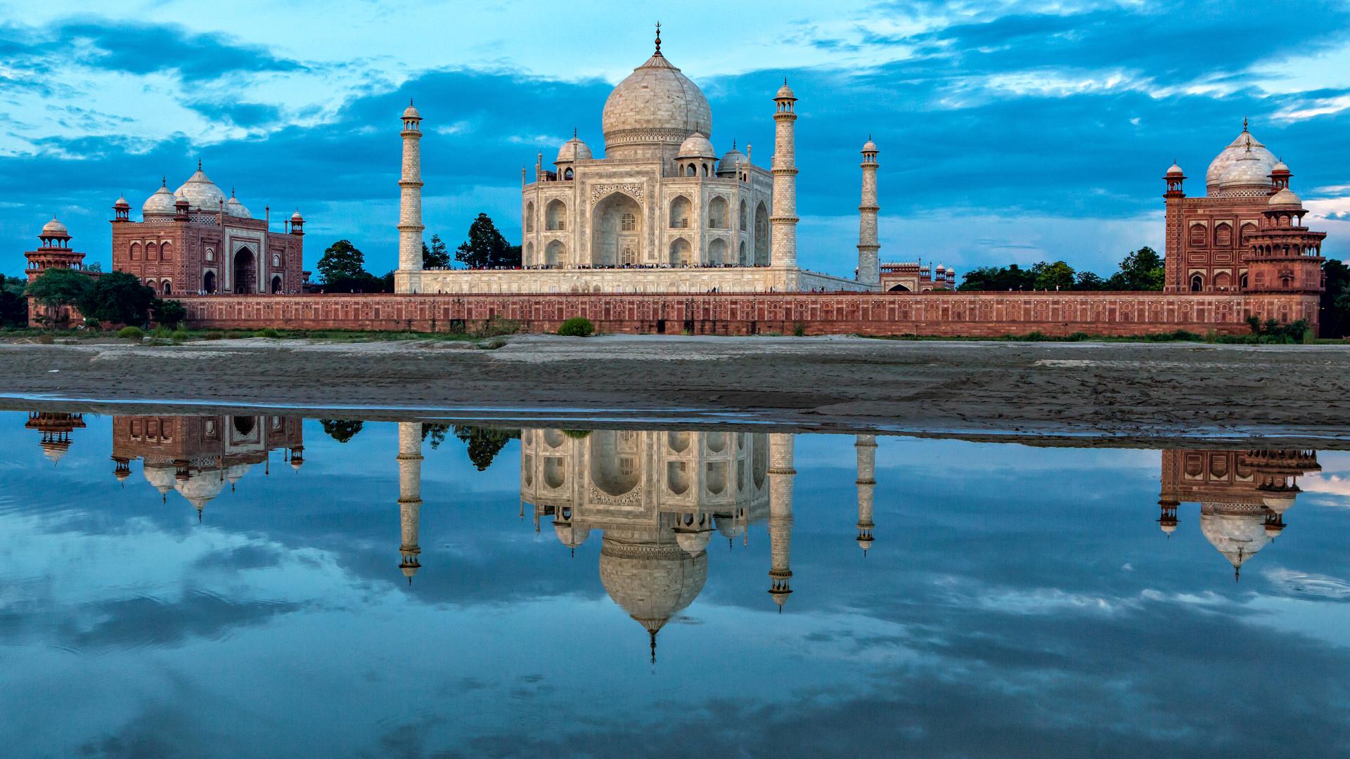 Слайд 22 из 30: Lock2017-B6_India_TajMahalIndia_500px-76648297_1920x1080