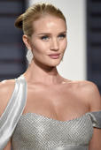 Rosie Huntington-Whiteley arrives at the Vanity Fair Oscar Party on Sunday, Feb. 26, 2017, in Beverly Hills, Calif. (Photo by Evan Agostini/Invision/AP)