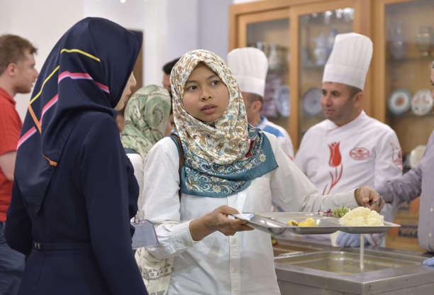 بالصور رمضان في كوكب اليابان - كم عدد المسلمين في اليابان AABr5kf