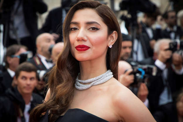 Pakistani actress Mahira Khan is unrecognisable in throwback photo
