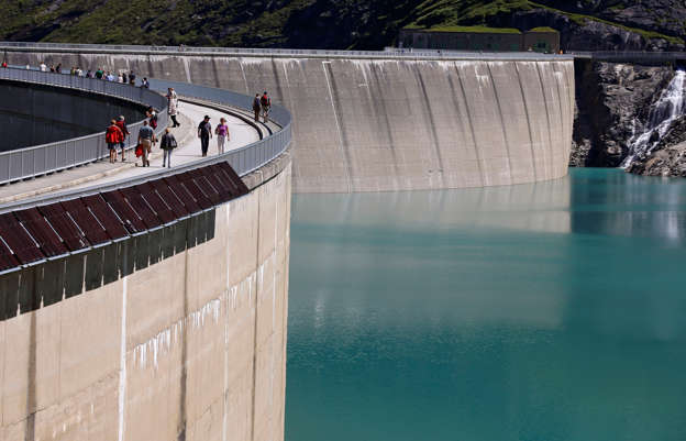 217ddf7eb97 Slovenia drops Mura river hydropower plans to protect environment