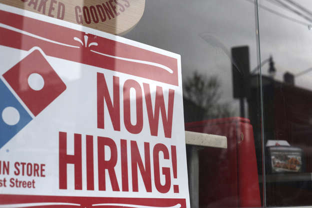 Greater share of recent immigrants landing jobs even as