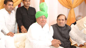 Phone seized from Om Prakash Chautala's cell in Tihar