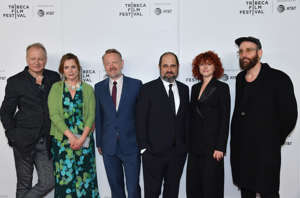 (L-R) Stellan Skarsgard, Emily Watson, Jared Harris, Craig Mazin, Jessie Buckley and Johan Renck attend Tribeca TV: Chernobyl at the 2019 Tribeca Film Festival at Spring Studios on April 26, 2019 in New York City. (Photo by Angela Weiss / AFP)        (Photo credit should read ANGELA WEISS/AFP/Getty Images)