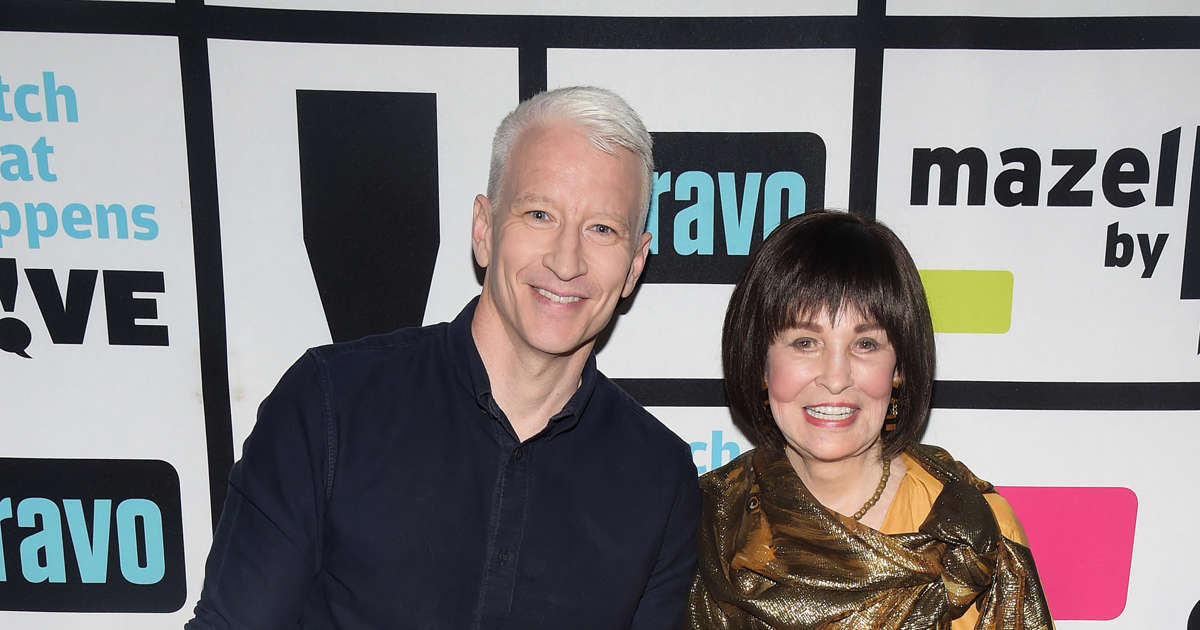 Anderson Cooper Narrates Emotional Obituary For His Mom, Gloria