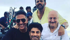 Anupam's note for son Sikander