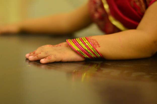 Pakistani girl sitting on mum's lap dies in UAE crash