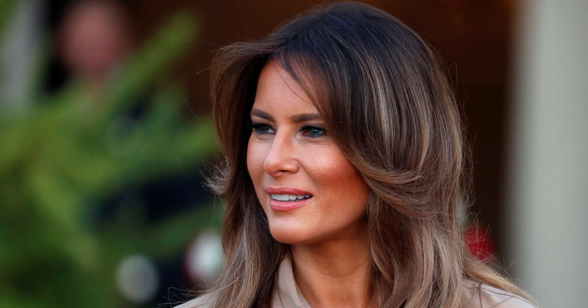 3ee116969c8 A scarecrow.. a Smurfette': Melania statue unveiled near hometown