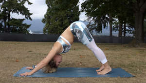 Yoga instructor Alex Mazerolle demonstrates a yoga posture in Vancouver's Stanley Park.  [22SEPTEMBER2015 FITNESS & WELLBEING yoga] (Photo by Jeanette Wang/South China Morning Post via Getty Images)