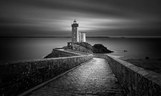 圖片 1 /共 15 張: Petit Minou Lighthouse, France