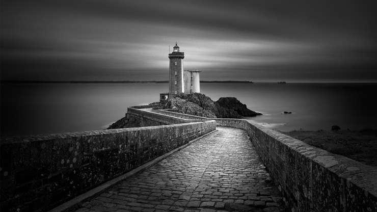 Слайд 3 из 17: Petit Minou Lighthouse, France