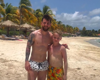 Soccer star Lionel Messi makes boy's day on vacation