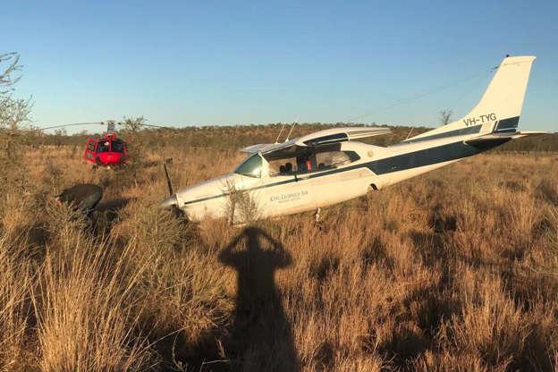 Bush pilots pull off risky remote aeroplane rescue near