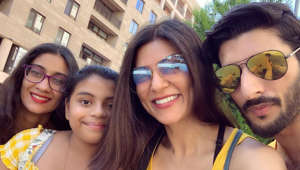 Sushmita's family pic with daughters and Rohman is all hearts!