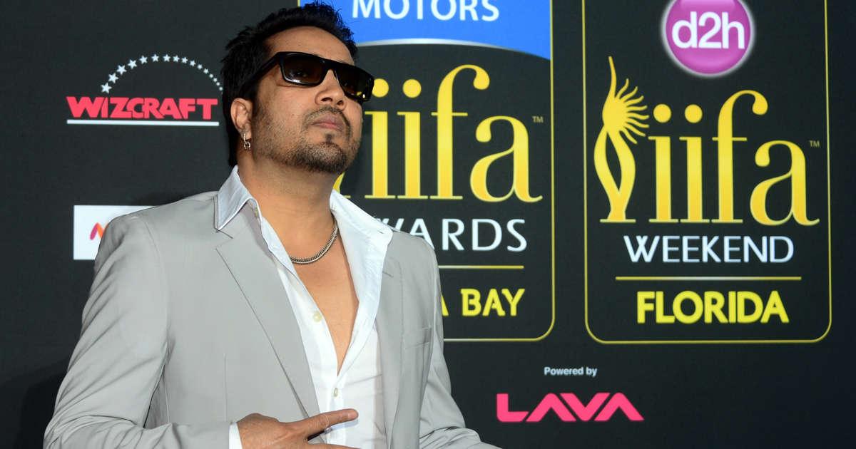 Pak visa to Indian popstar, 14 crew surprises many