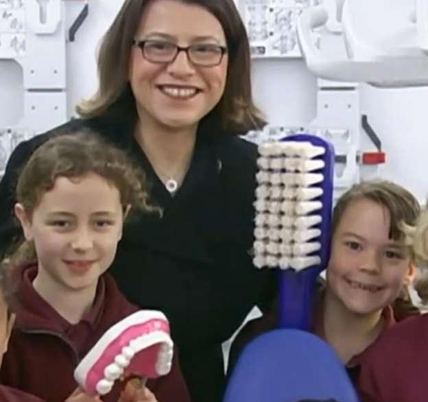 Free dental checks roll out at Vic schools