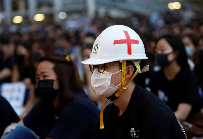 Members of Hong Kong's medical sector attend a rally to support the anti-extradition bill protest in Hong Kong, China August 2, 2019. REUTERS/Eloisa Lopez