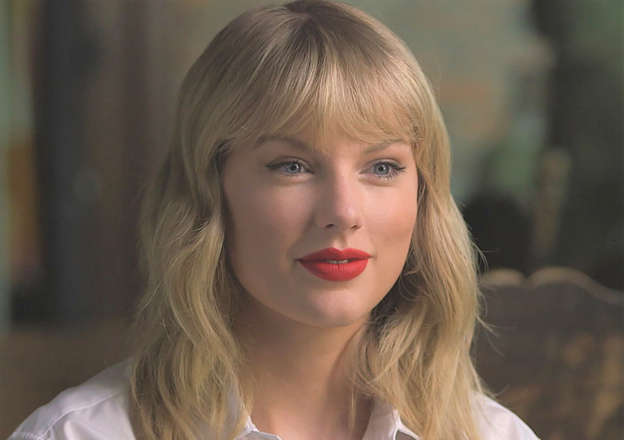 Taylor Swift Debuts 'Lover' Video, Sings 'Archer' During