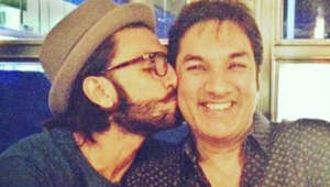 Ranveer shares hilarious video with father Jagjit at traffic signal