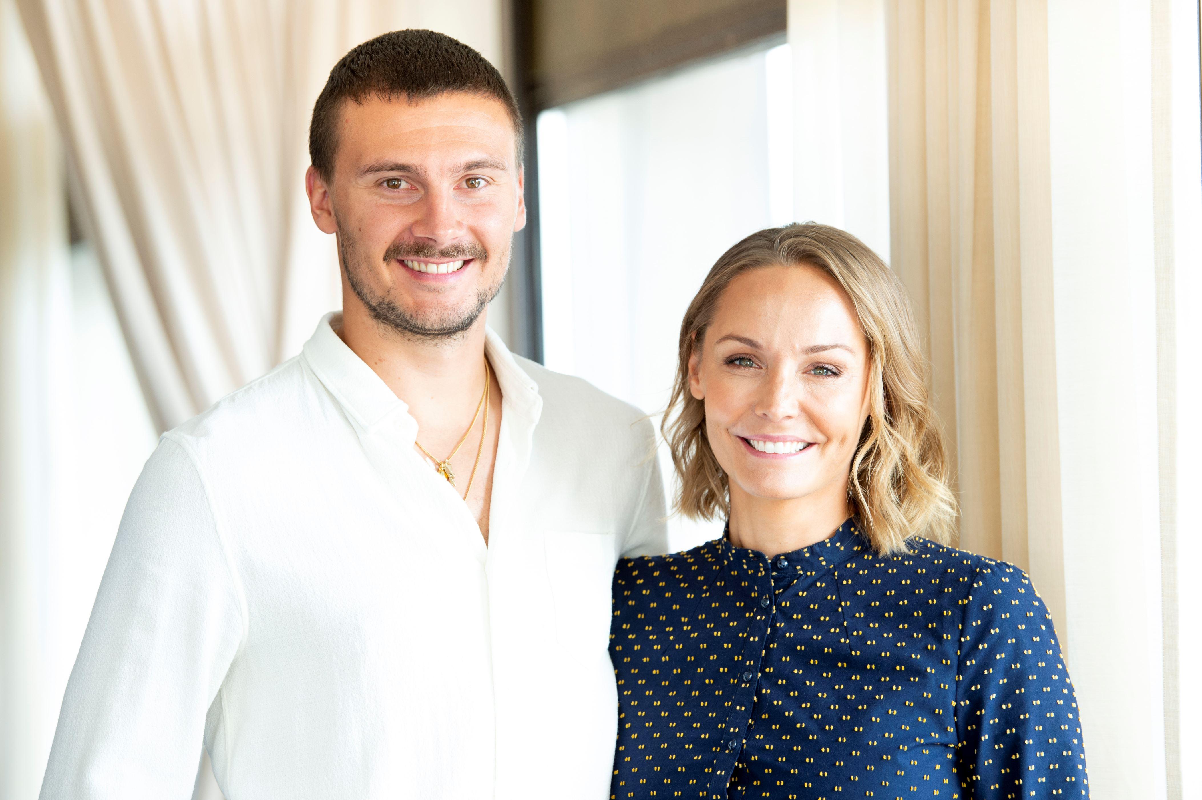 Anastasia dating Galleri