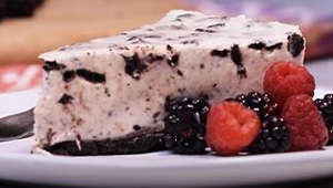 Cheesecake de galleta Oreo con queso crema, sin horno