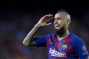 Arturo Vidal of Barcelona protests the referee during the UEFA Champions League group F match between FC Barcelona and Inter at Camp Nou on October 2, 2019 in Barcelona, Spain. (Photo by Jose Breton/Pics Action/NurPhoto via Getty Images)