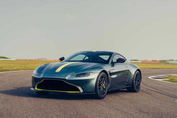 Research 2020                   ASTON MARTIN V8 Vantage pictures, prices and reviews