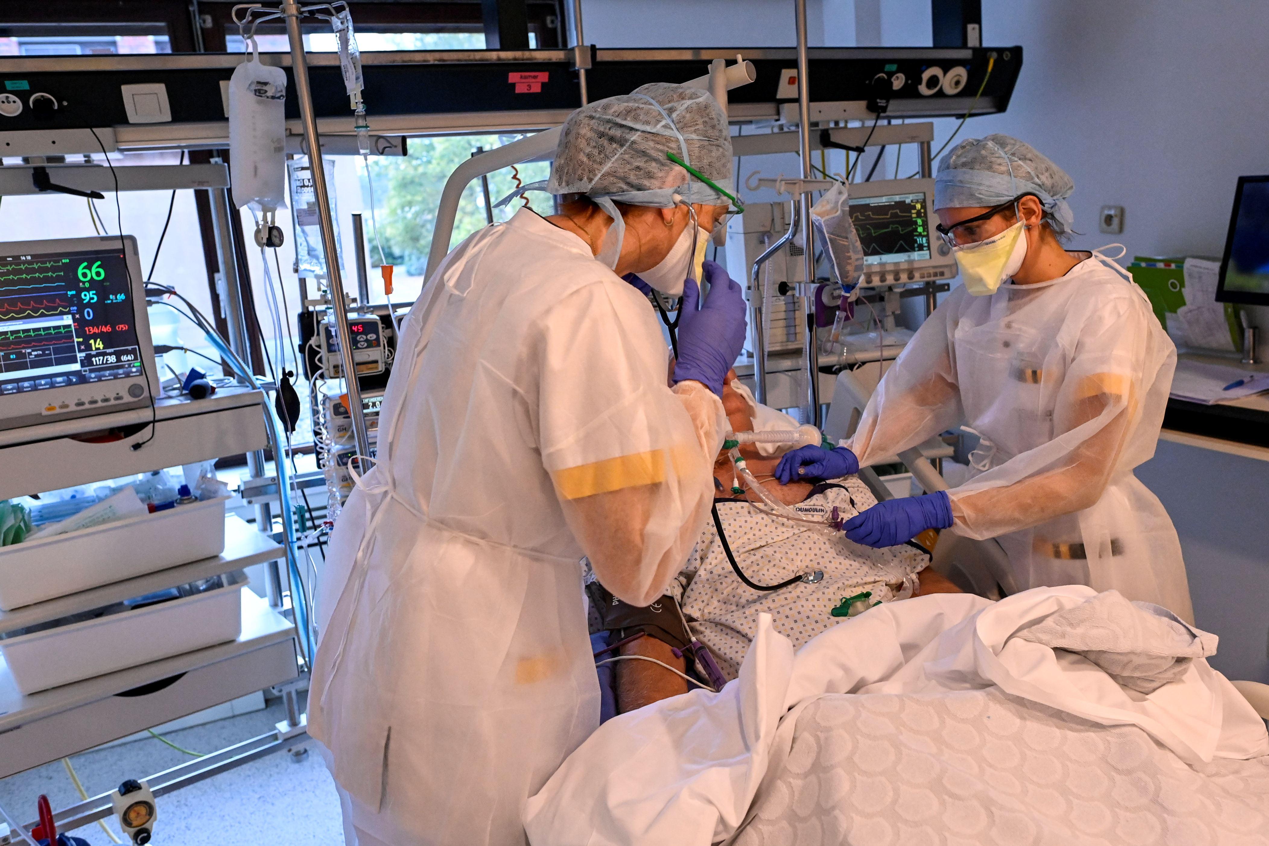 Minder dan 450 coronapatiënten op intensieve zorg
