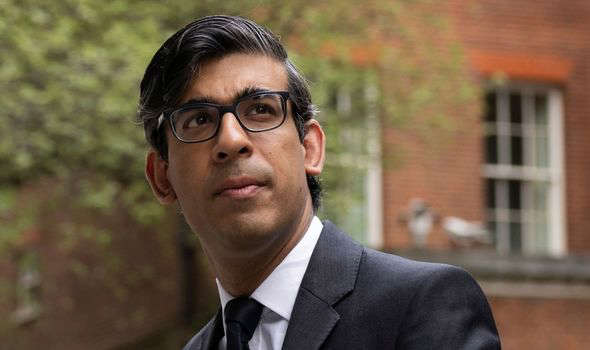 a man wearing a suit and tie: brexit rishi sunak financial services