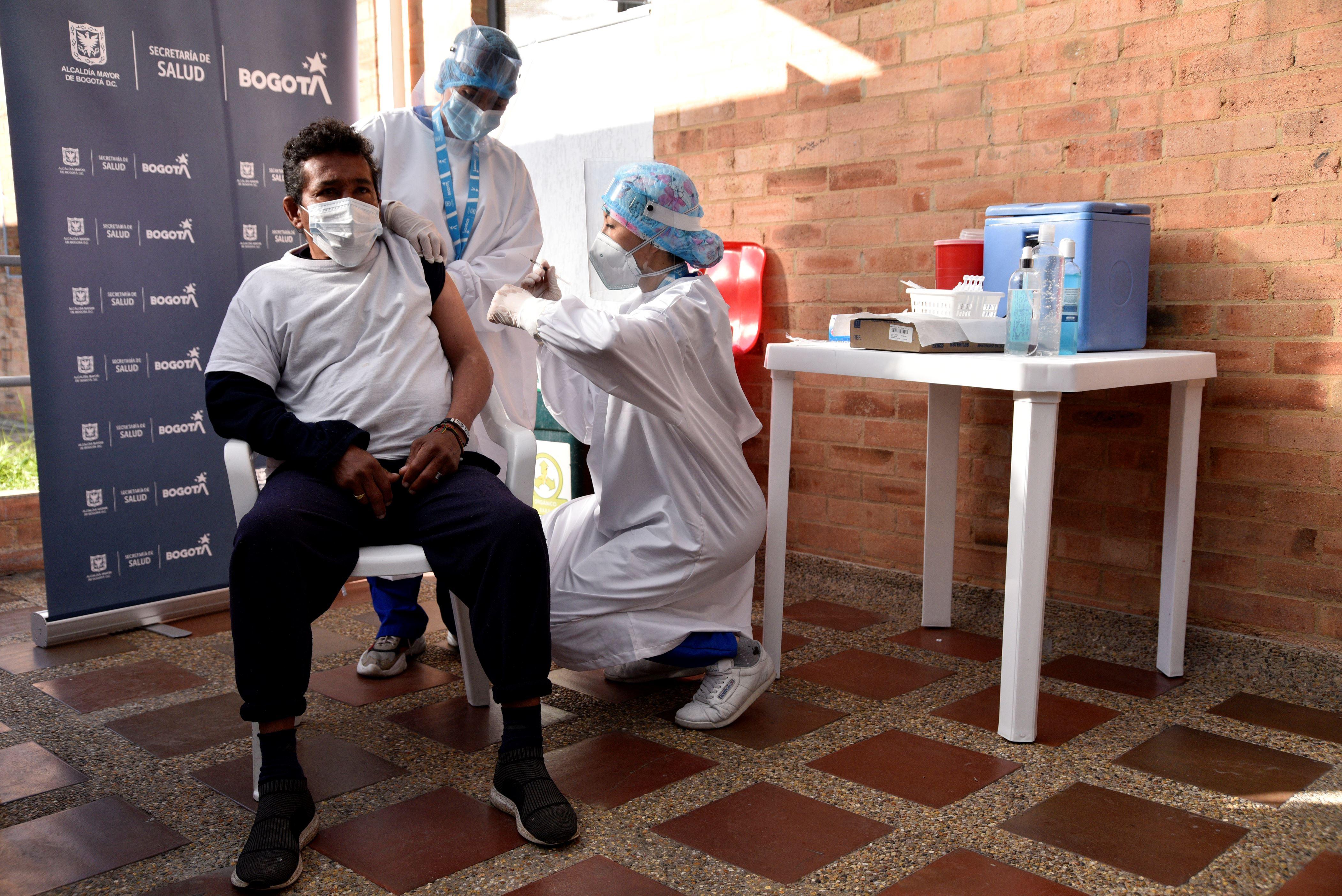 Leve descenso en las cifras: Colombia registra 586 fallecidos por COVID-19