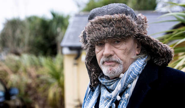 a man wearing a hat: The President of France has said that Ian Bailey could face a new trial for the murder of Sophie Toscan du Plantier should he travel to France. Pic: Hells Kitchen/Barbara McCarthy via Sky Studios
