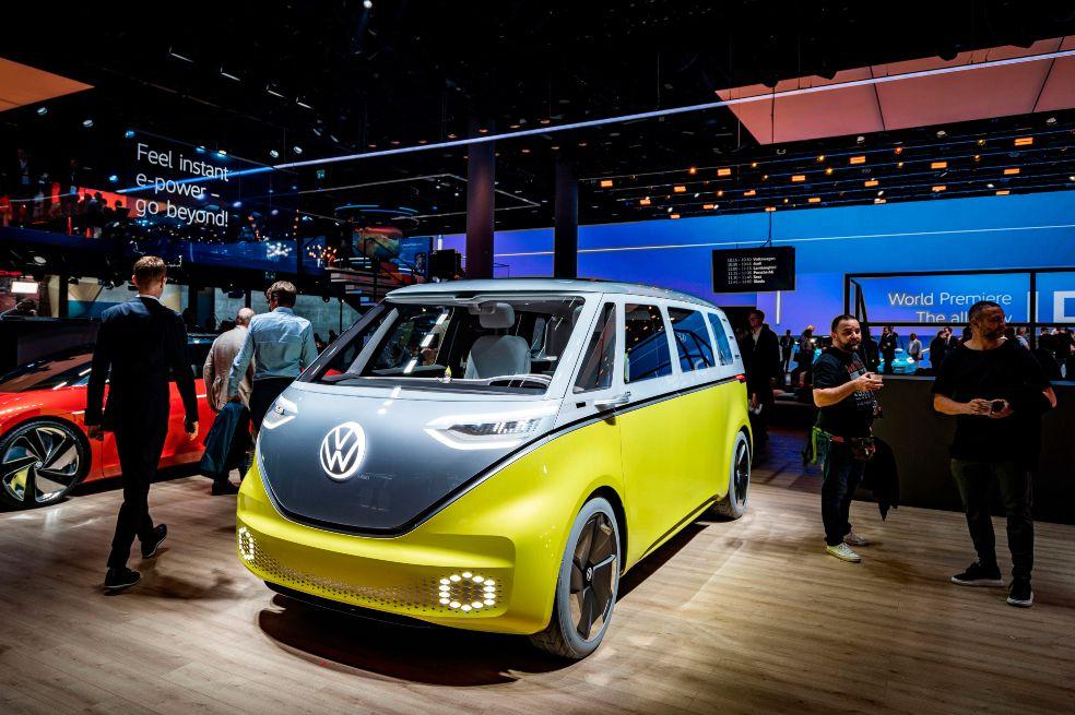 Volkswagen apuesta por los carros eléctricos y autónomos para 2030