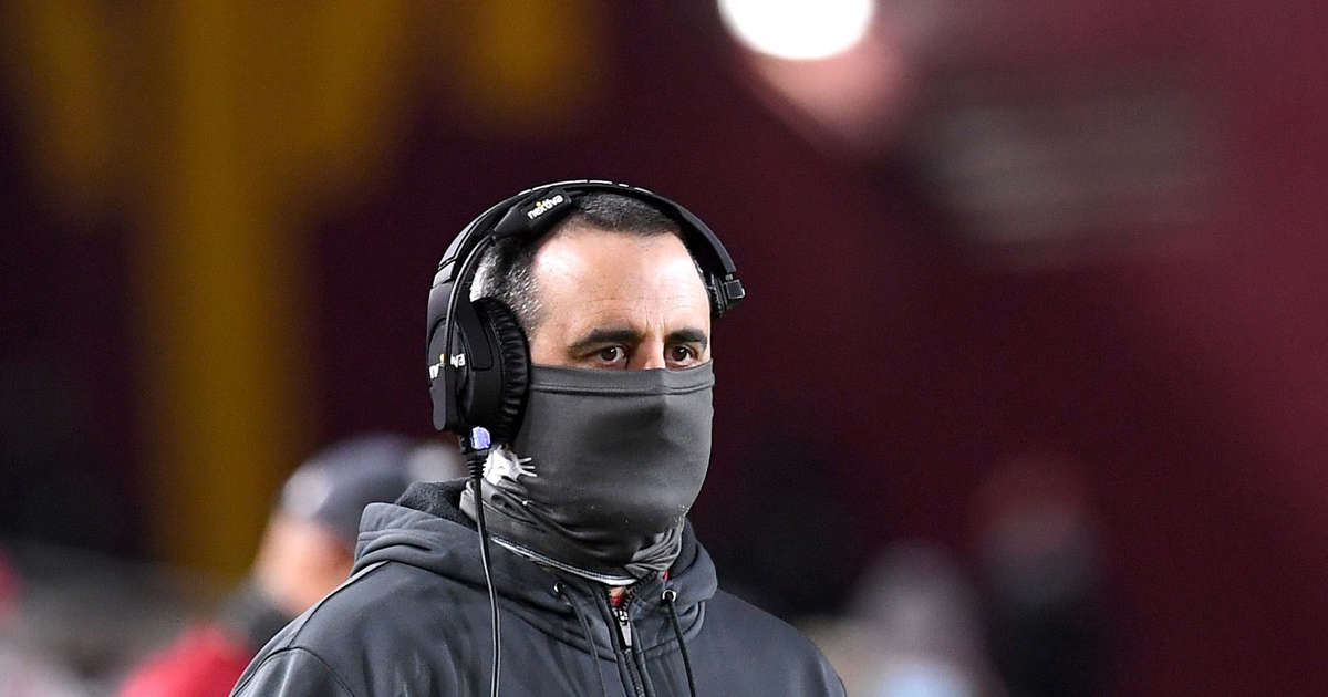 Washington State football coach stands by decision not to get vaccinated, but says he's not 'against' vaccines